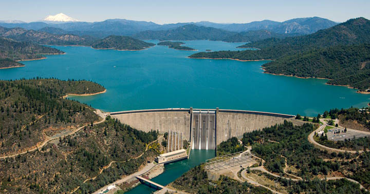 Aerial view of Shasta Dam, how is the WIIN Act hurting salmon?